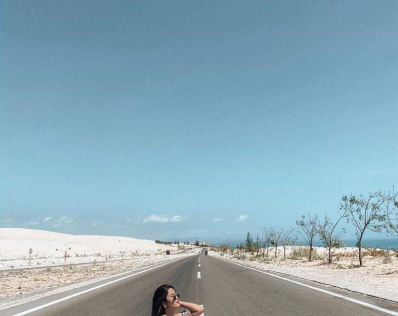 Bàu Trắng – Cung đường du lịch thu hút giới trẻ