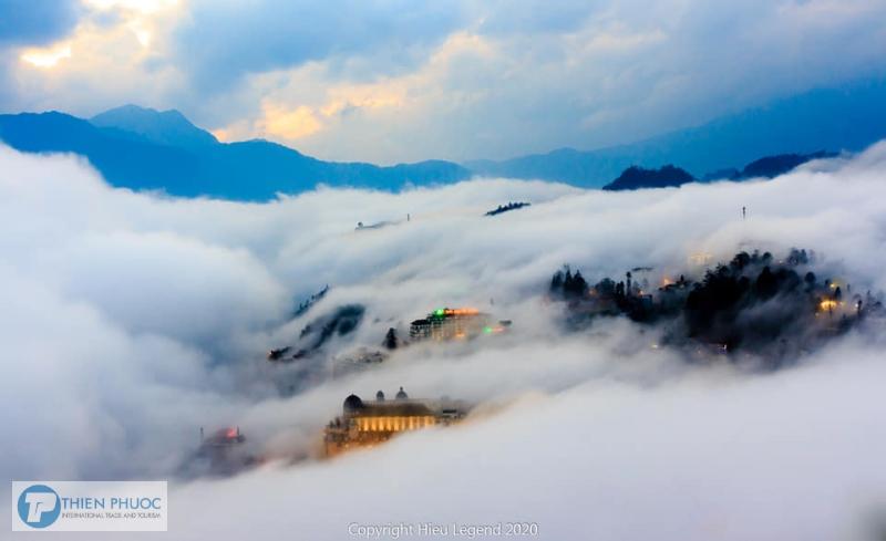 Săn mây ở Núi Hàm Rồng –  Sapa